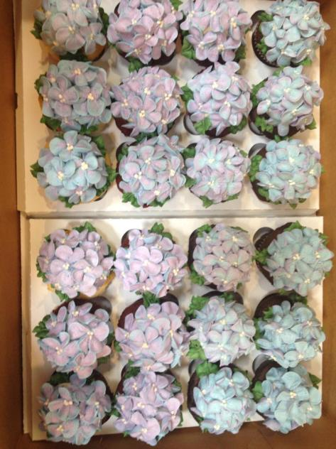 """Society Bakery """"Hydrangea"""" Cupcakes"""